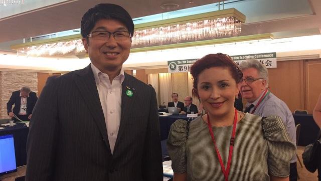 FOTO 2 - BOLETÍN ALCALDES con Tomihisa Taue%2c alcalde de Nagasaki.jpg