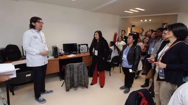 Hospital Emociones visita delegados curso internacional  (6).JPG